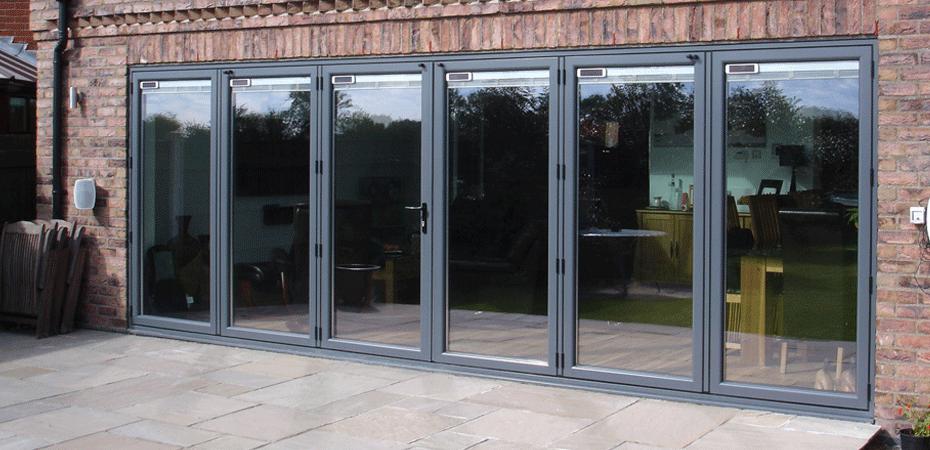 Savills-Glass-Bifold-Doors-Slider